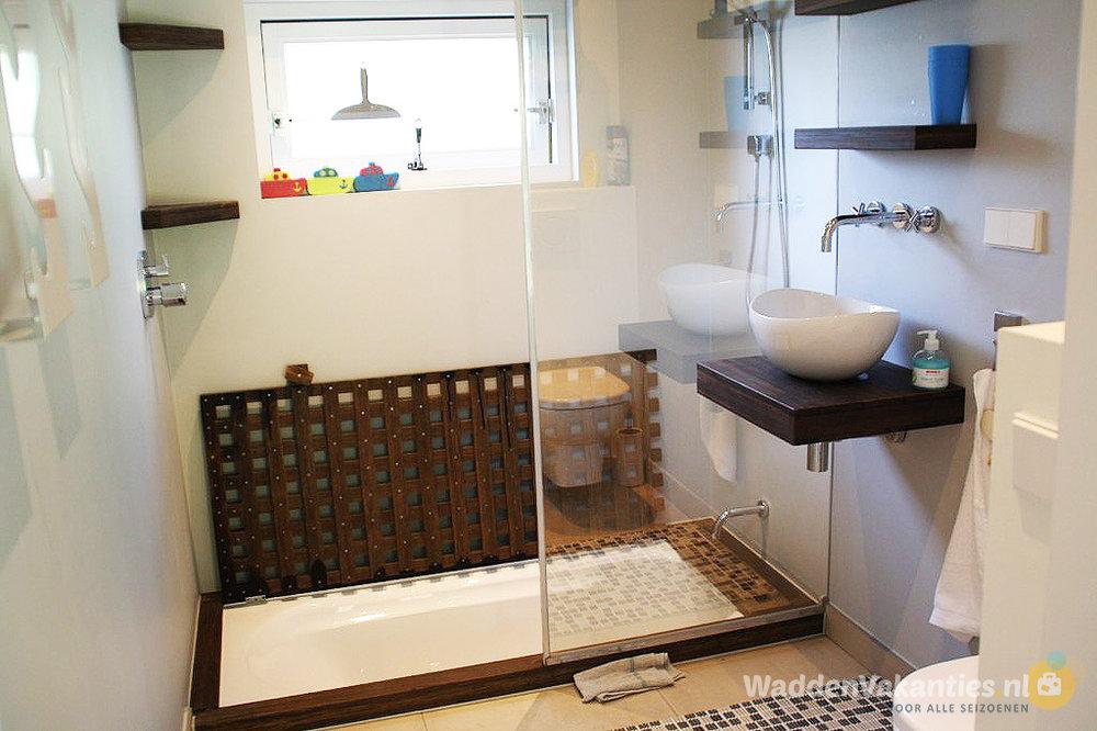 Vakantiehuis de dwergstern schiermonnikoog foto 39 s en for Verplaatsbaar huis